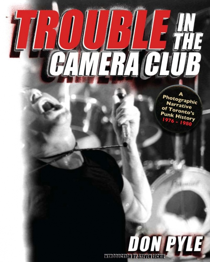 TroubleInTheCameraClubCover